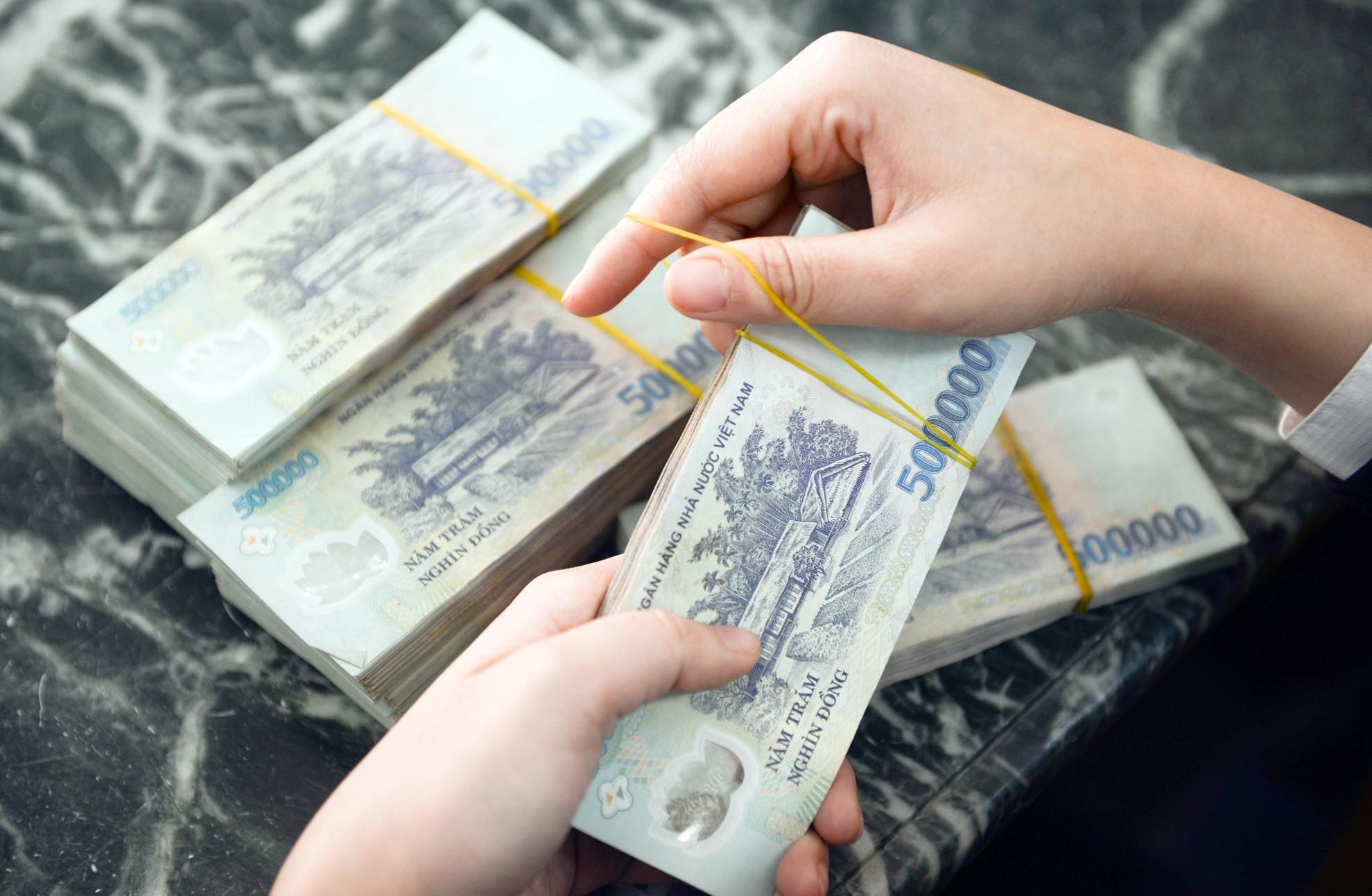 Hồ sơ vay vốn ngân hàng Sacombank